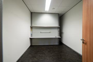 Kantoor opslag huren Winsum Groningen Ubbo J. Mansholtplein 2